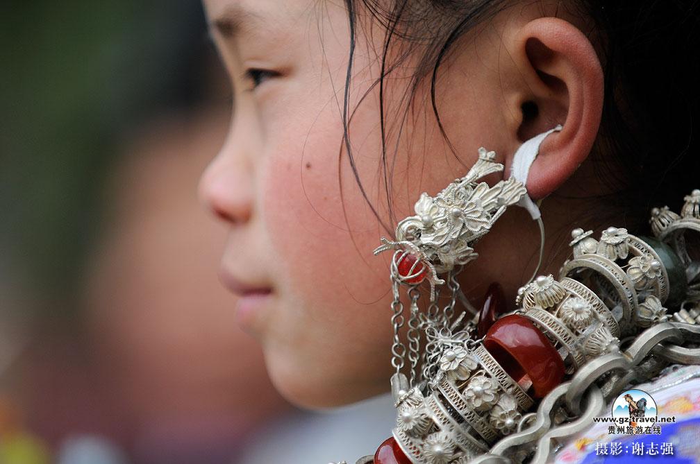 高清七十二寨侗族美女 贵州旅游在线